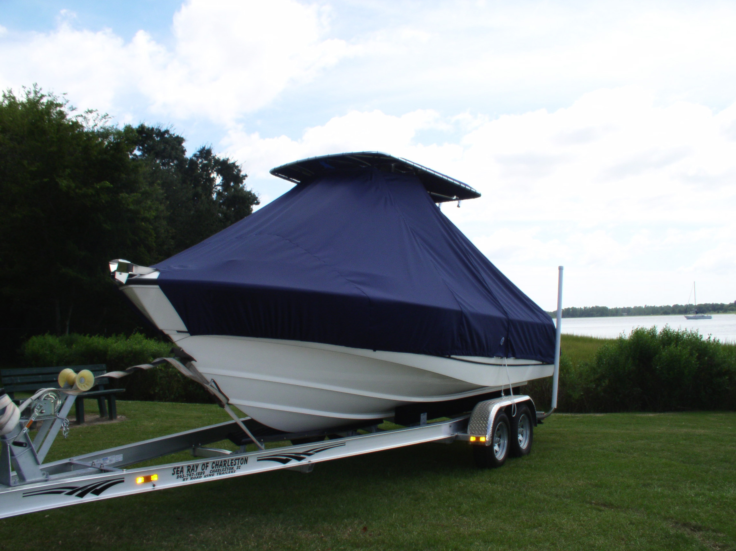 210-boston-whaler-outrage-210-cover