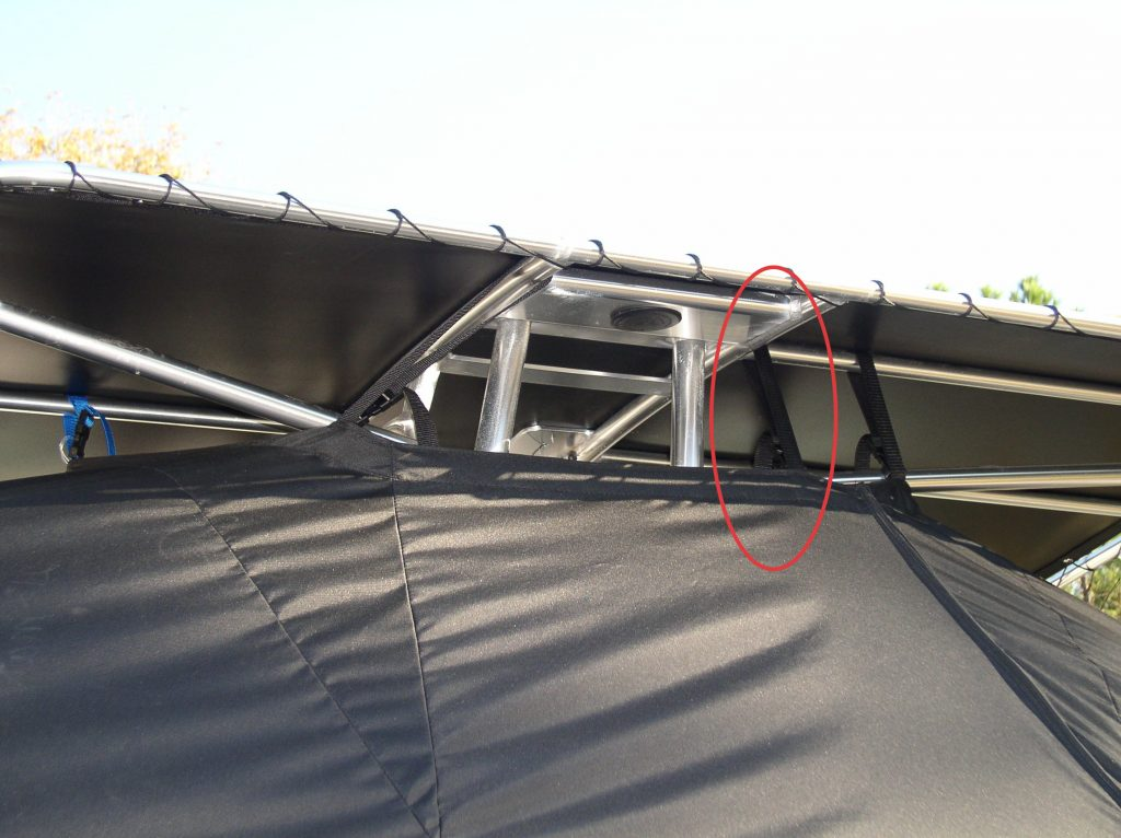 t-top-boat-cover-installation-image-with-highlight